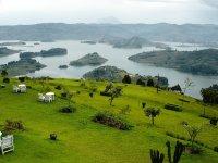 Jezero Bunyonyi | Kredit: VisitUganda.com| Přidal: Wickie, id:20160527072740797