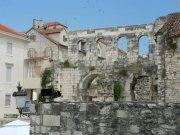 Split (Diokleciánův palác)     Přidal: IvSi, id:20080114120408400