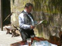 Lesní divadlo - Petřík je svědomitý jako vždy     Přidal: IvSi, id:20080512142227713