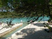 NP Mljet - horní jezero z Malého mostu     Přidal: IvSi, id:20080114120259432